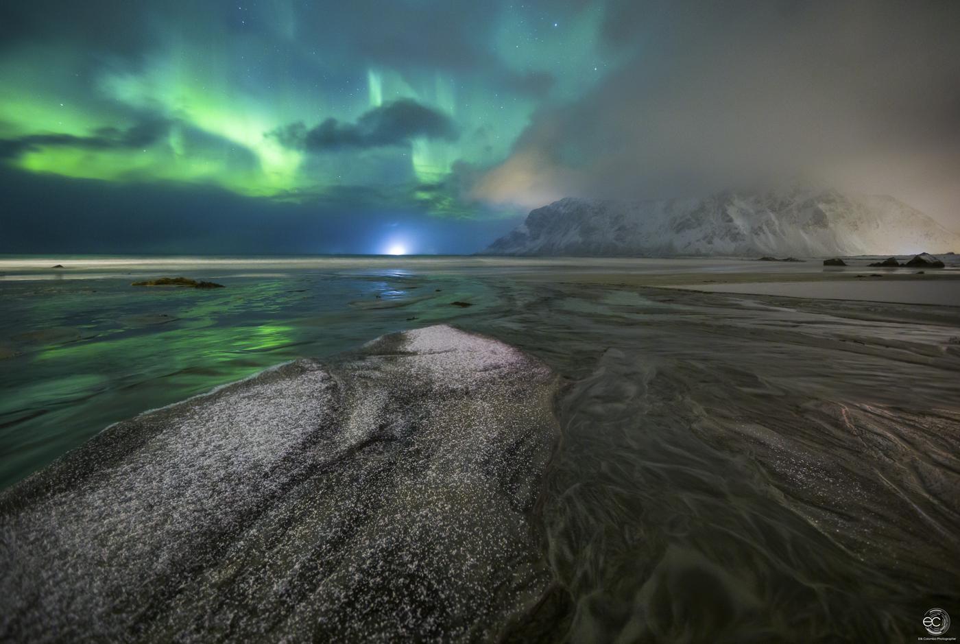 Paesaggio con aurora in Norvegia a Skagsanden di Erik Colombo per Home page